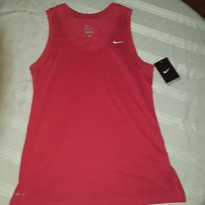 BNWT Nike workout tank red size med